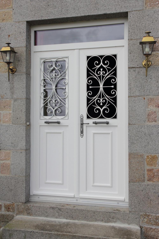 Nos portes d 39 entr e pvc for Porte interieure pvc
