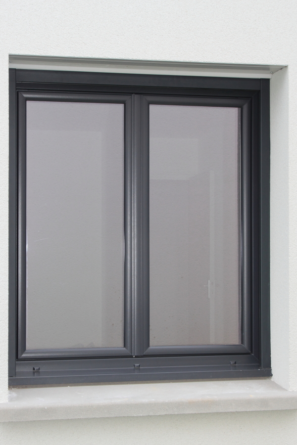 Nos r alisations pvc rehau for Fenetre pvc gris anthracite