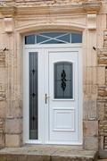 nos portes d 39 entr e pvc. Black Bedroom Furniture Sets. Home Design Ideas